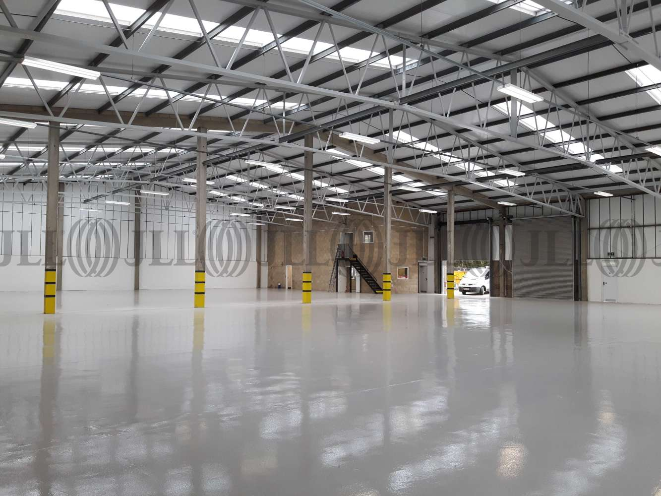 Industrial Swindon, SN2 2DJ - Unit 13 & 14 River Ray Industrial Estate - 20180309123236