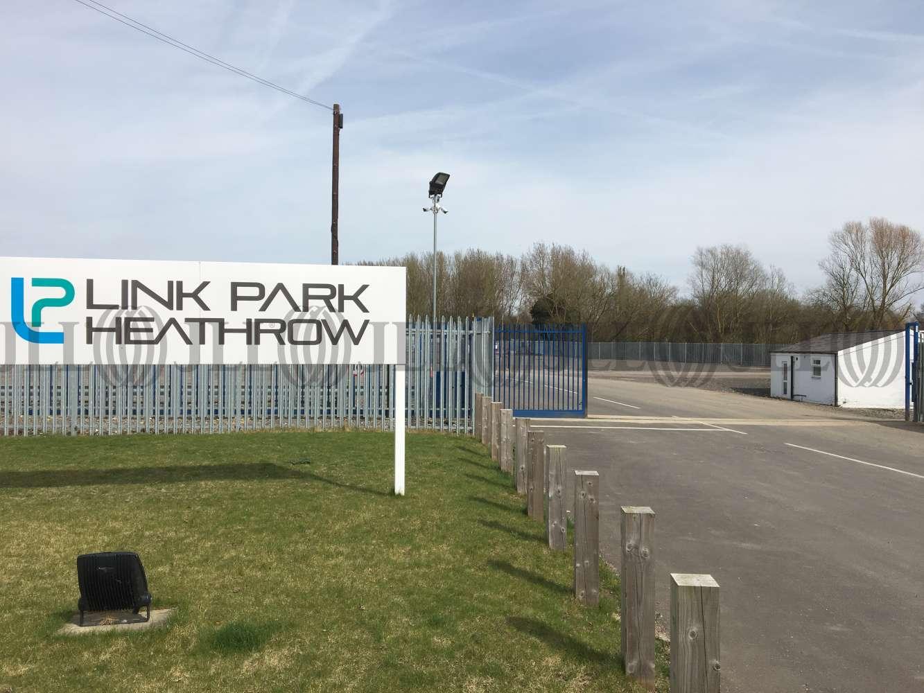 Land Heathrow, UB7 7EZ - Link Park, Thorney Mill Road
