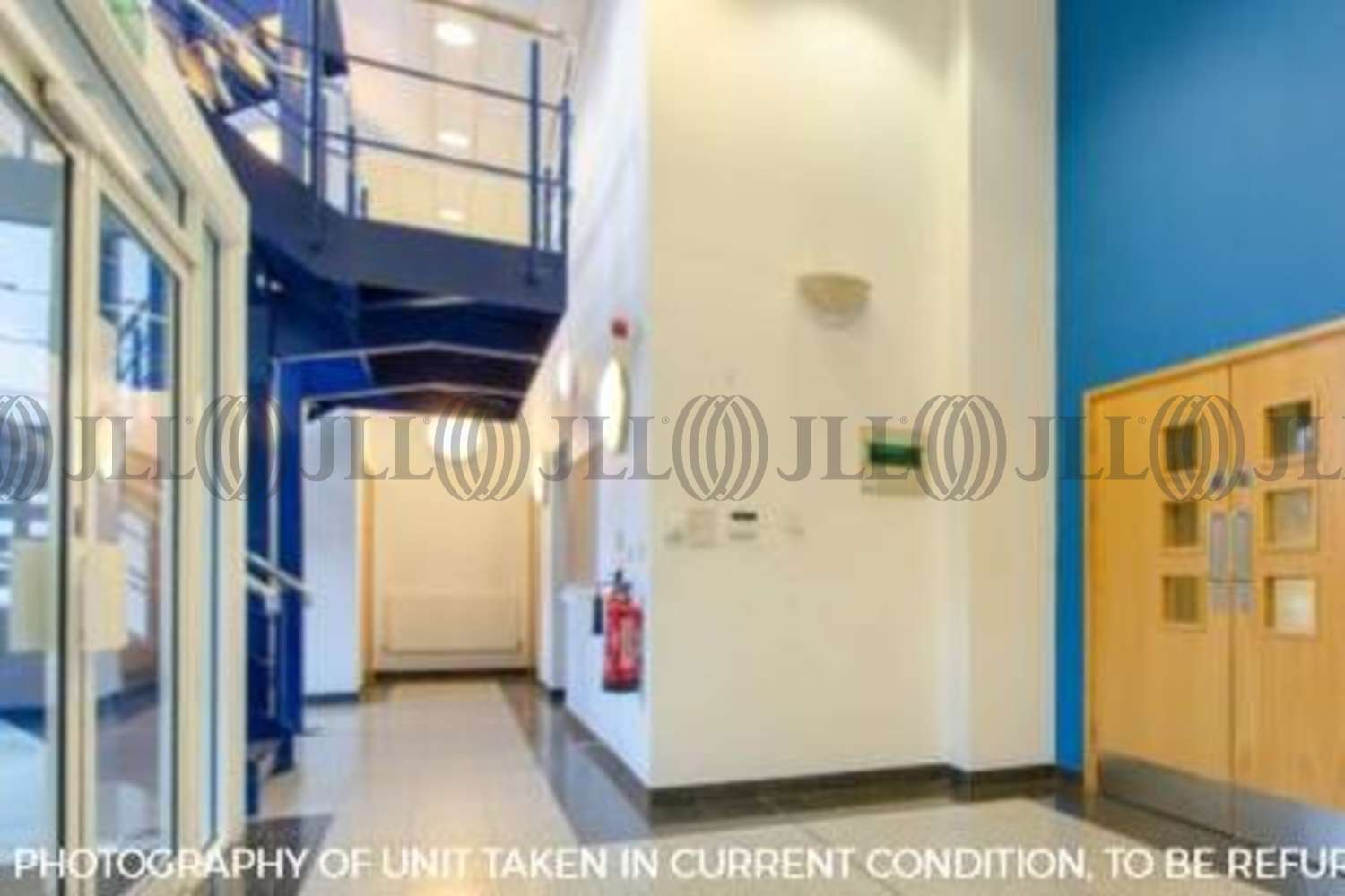 Industrial Bracknell, RG12 2PW - Unit 8 Sterling Centre - 3