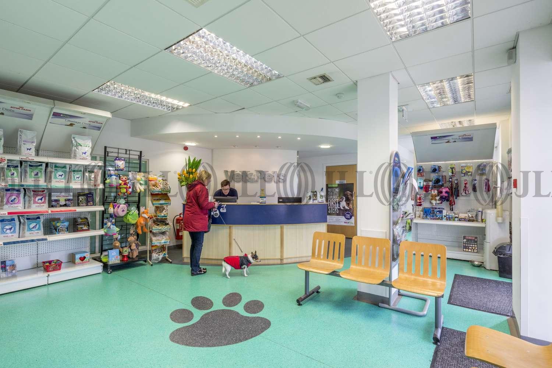 Retail high street Weston-super-mare, BS22 8AA - 141 Milton Road - 040