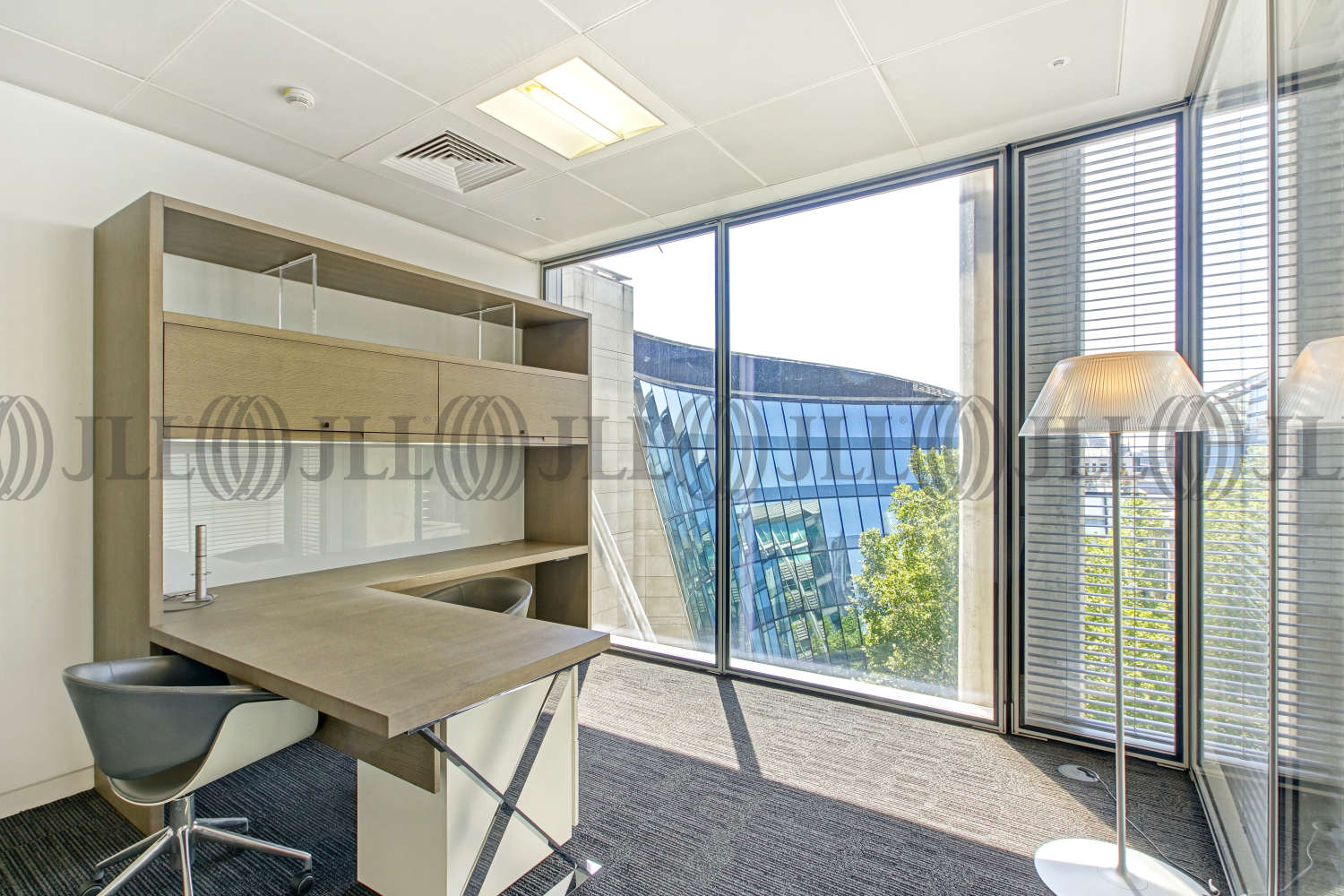 Office London, EC2V 7QQ - 88 Wood Street - 01494