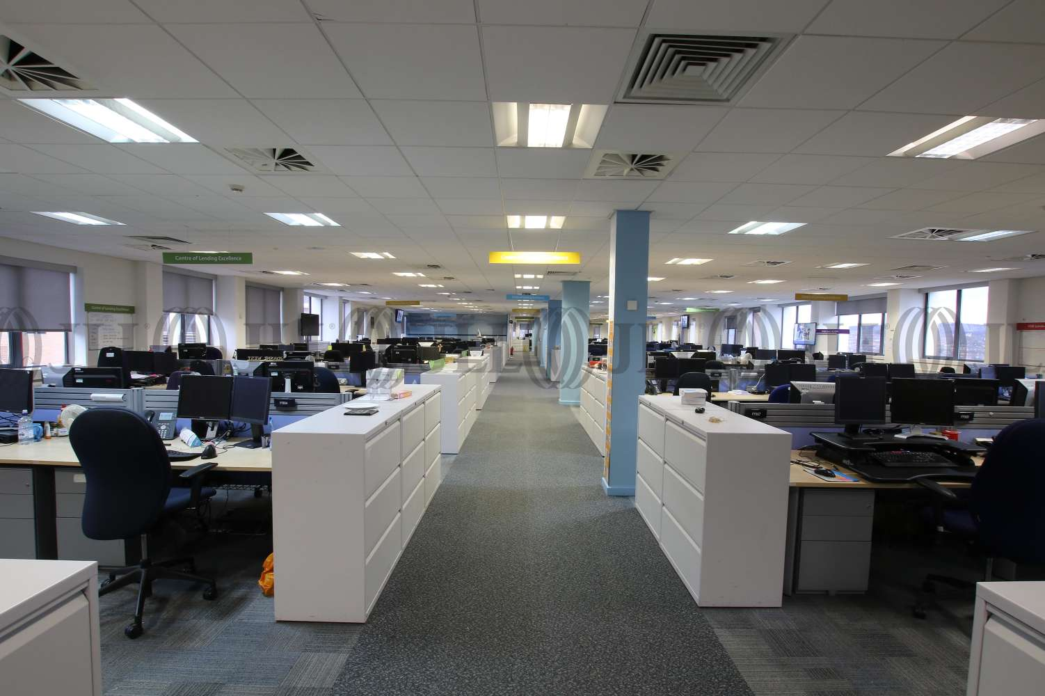 Office Leeds, LS11 8AN - Millshaw Court - 3922