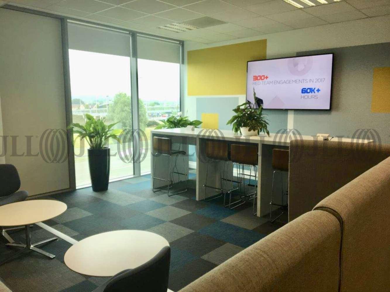 Office Reading, RG2 6DA - Reading International Business Park - 5239