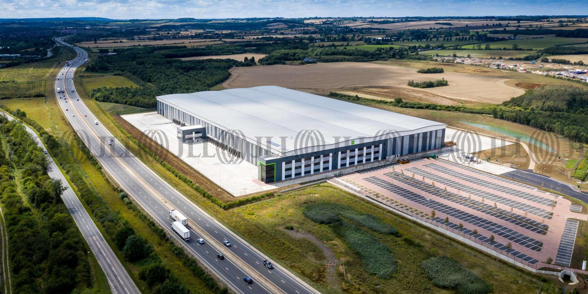 Industrial Bedford, MK43 9JH - Bedford 405