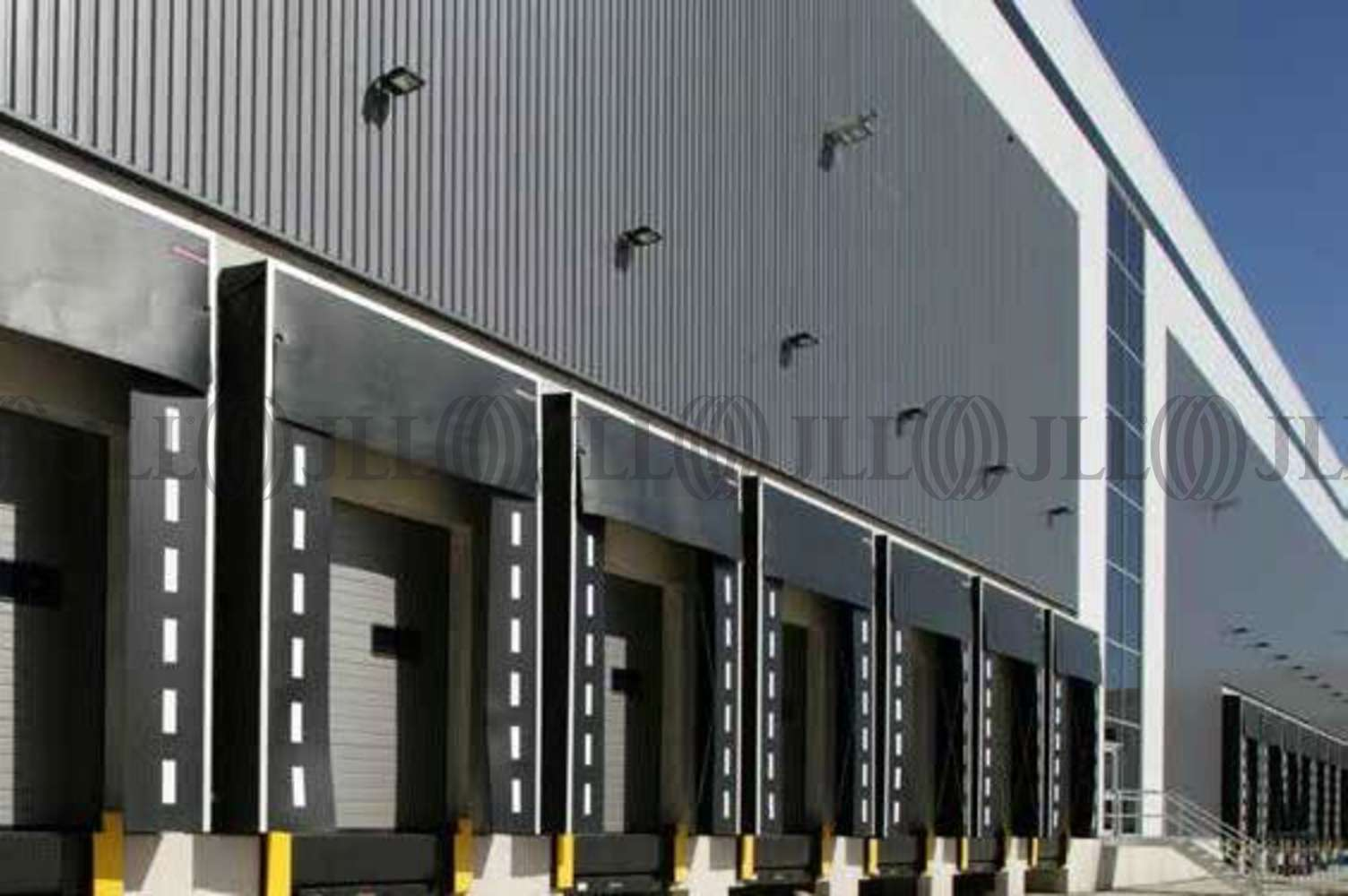 Industrial Wolverhampton, WV10 7GW - Wolverhampton 450 - 0003