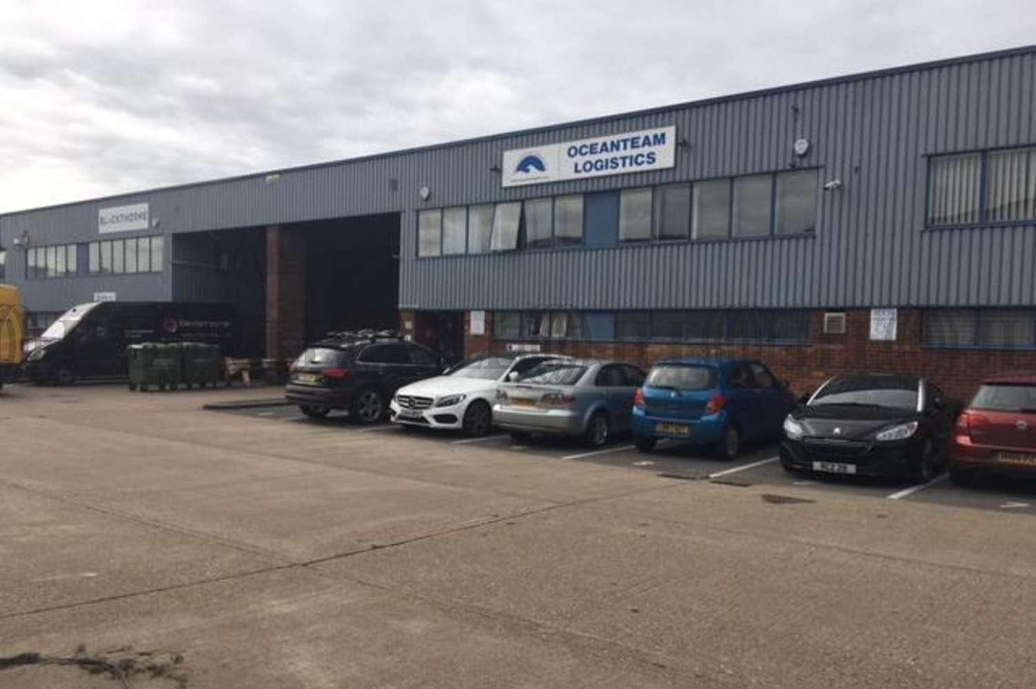 Industrial Colnbrook, SL3 0AX - Unit 8, Trident Industrial Estate - 8