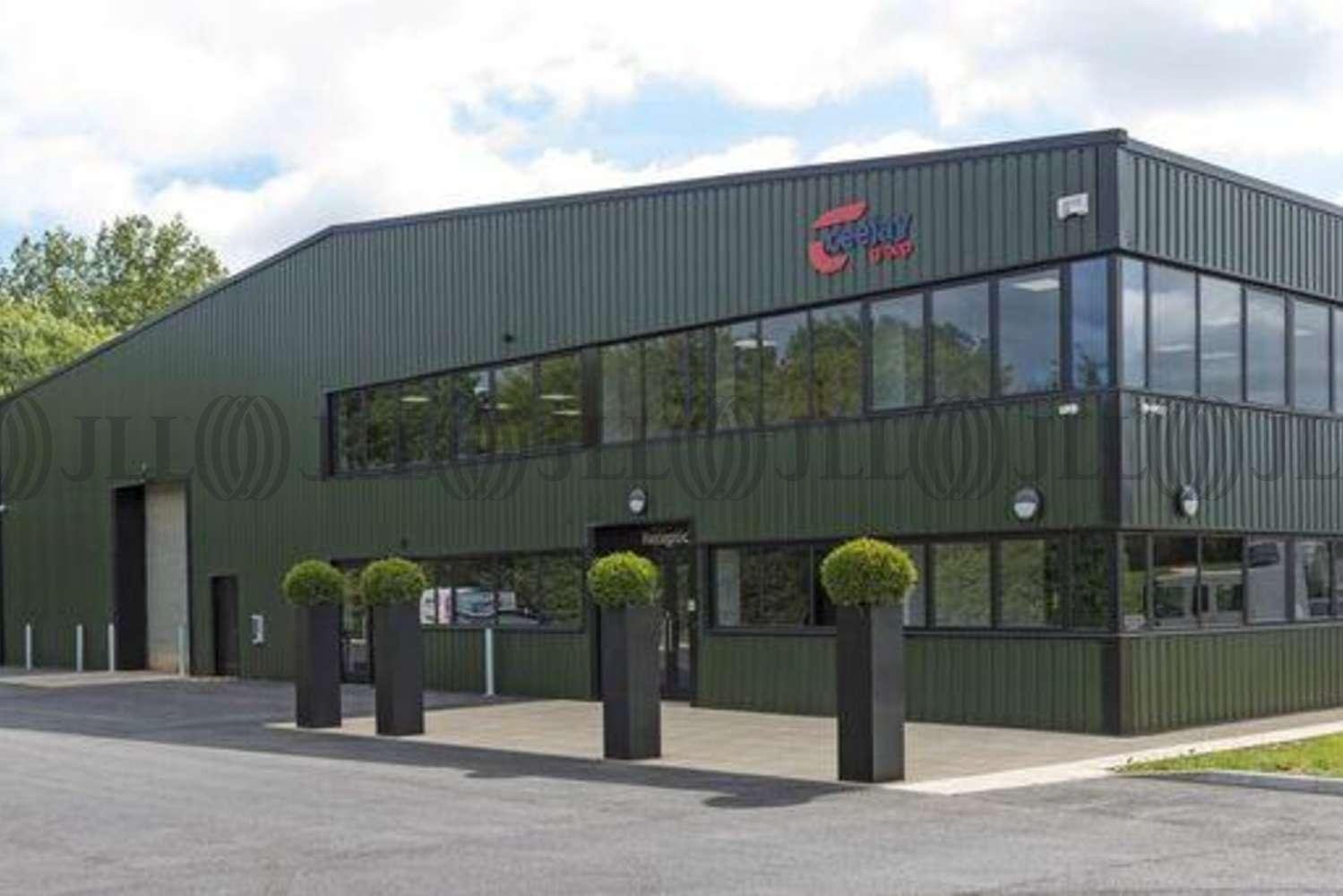 Industrial Southampton, SO32 2JQ - Ceejay Systems/Warwick Trailers - 1