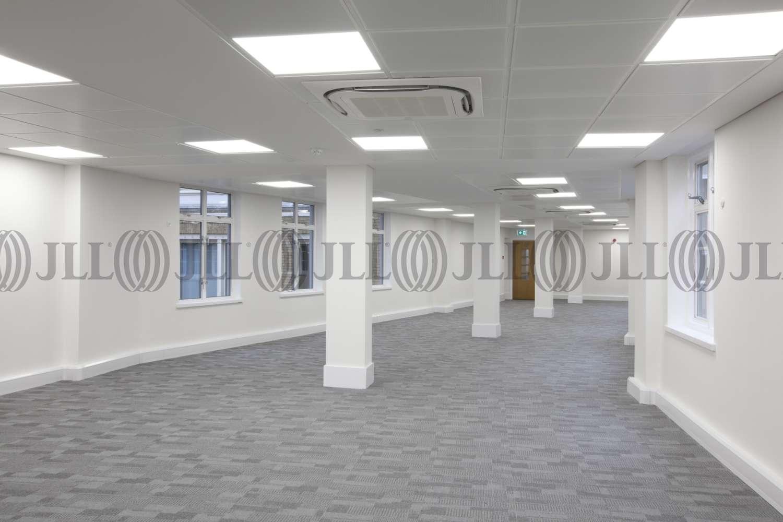 Office London, EC2V 5BR - 15-16 Basinghall Street - 2803