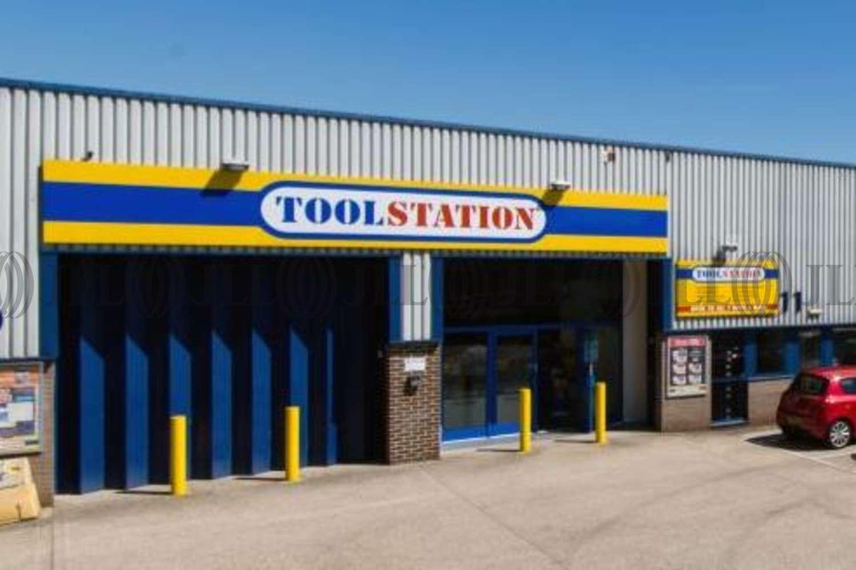 Industrial Newbury, RG14 5TQ - The Paddock Trading Estate - 2