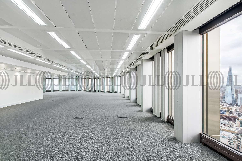 Office London, EC2N 1HQ - Tower 42 - 01371