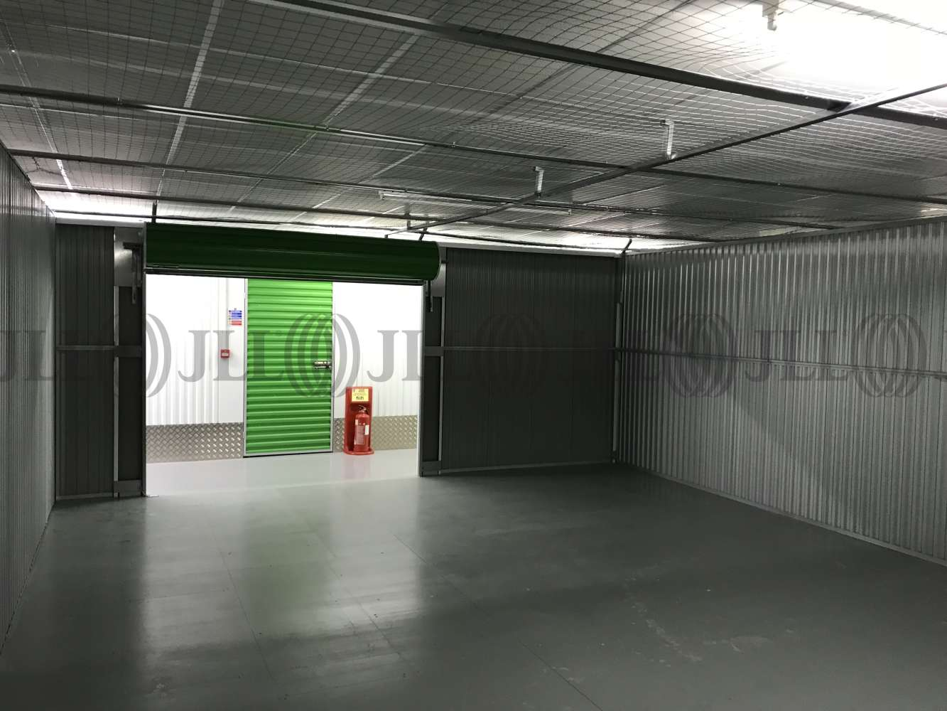 Industrial Waltham abbey, EN9 1JD - Commercial storage and office space - 0512