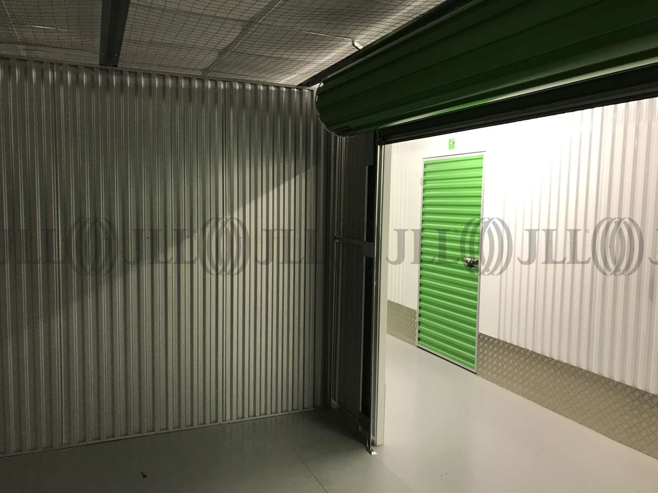 Industrial Waltham abbey, EN9 1JD - Commercial storage and office space - 0517