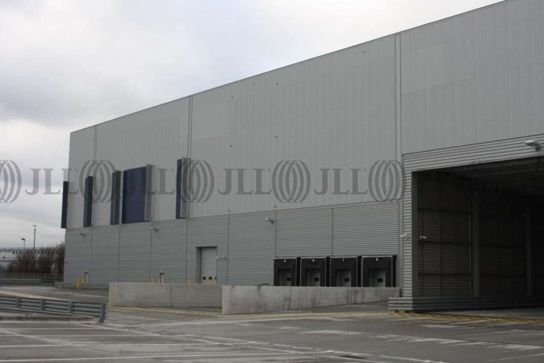 Industrial London, SE28 0GU - 20 White Hart Avenue - 35