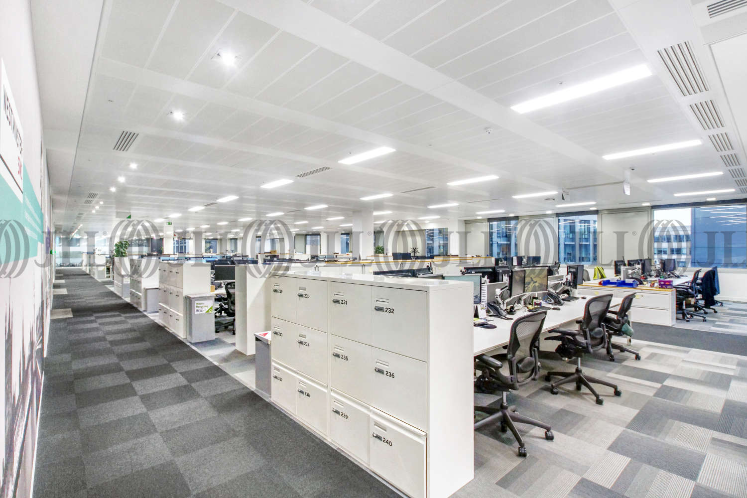 Office London, EC2Y 5AS - 125 London Wall - 08165