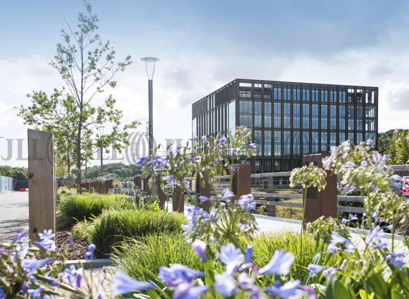 Office Leeds, LS5 3BF - FORGE STUDIOS - 1