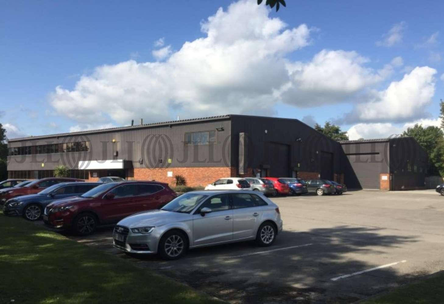 Industrial Leeds, LS18 4EG - 1 Low Hall Business Park - 75327