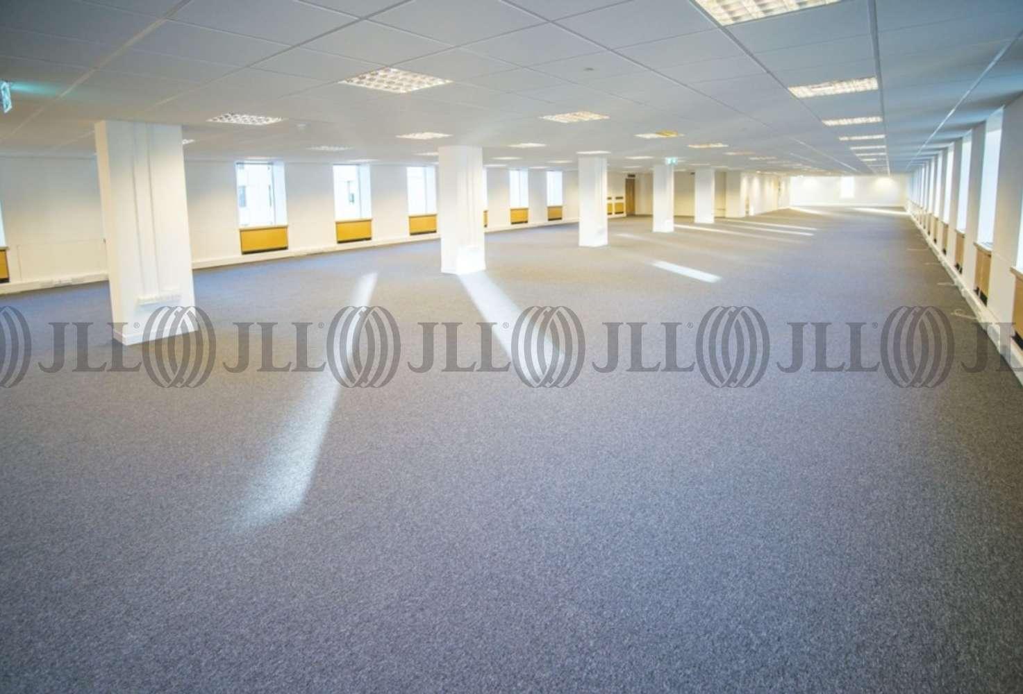 Office Bristol, BS1 2BT - Whitefriars - 950