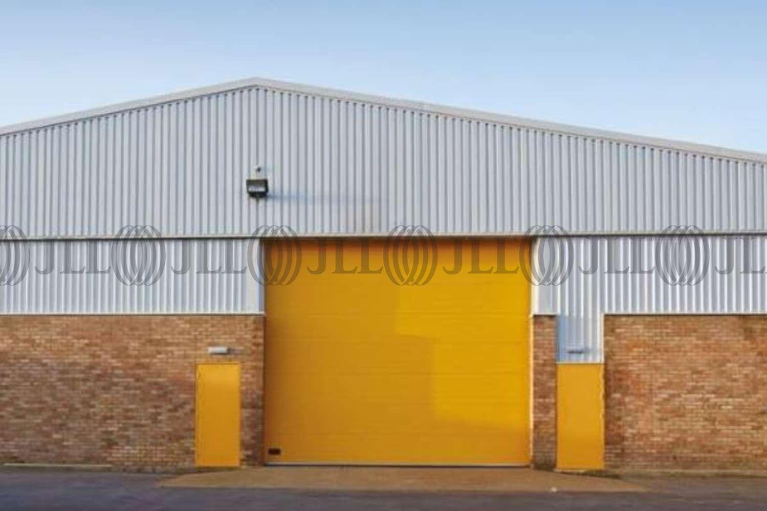 Industrial Camberley, GU15 3BN - Unit 11 Tuscam Trade Park - 3