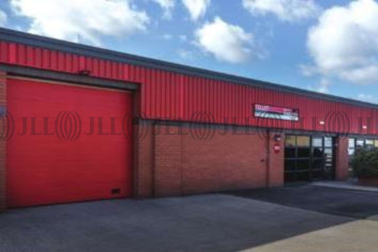 Industrial Slough, SL1 4HE - 265 Argyll Avenue - 2