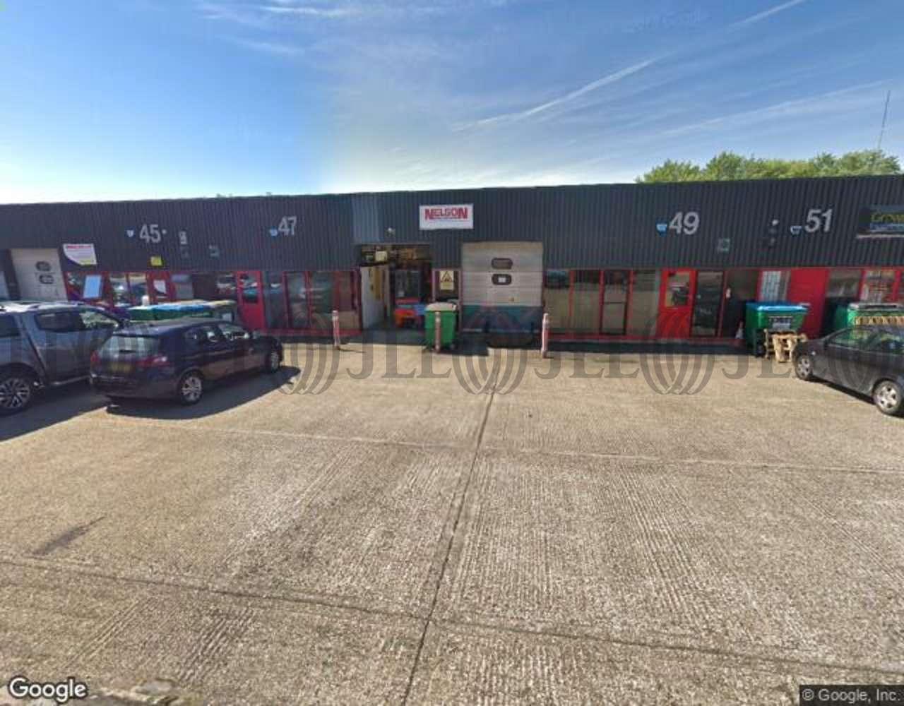 Industrial Aylesbury, HP19 8TE - 47-49 Edison Road