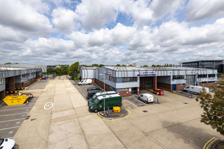 Industrial Colnbrook, SL3 0AX - Unit 14, Trident Industrial Estate - 011