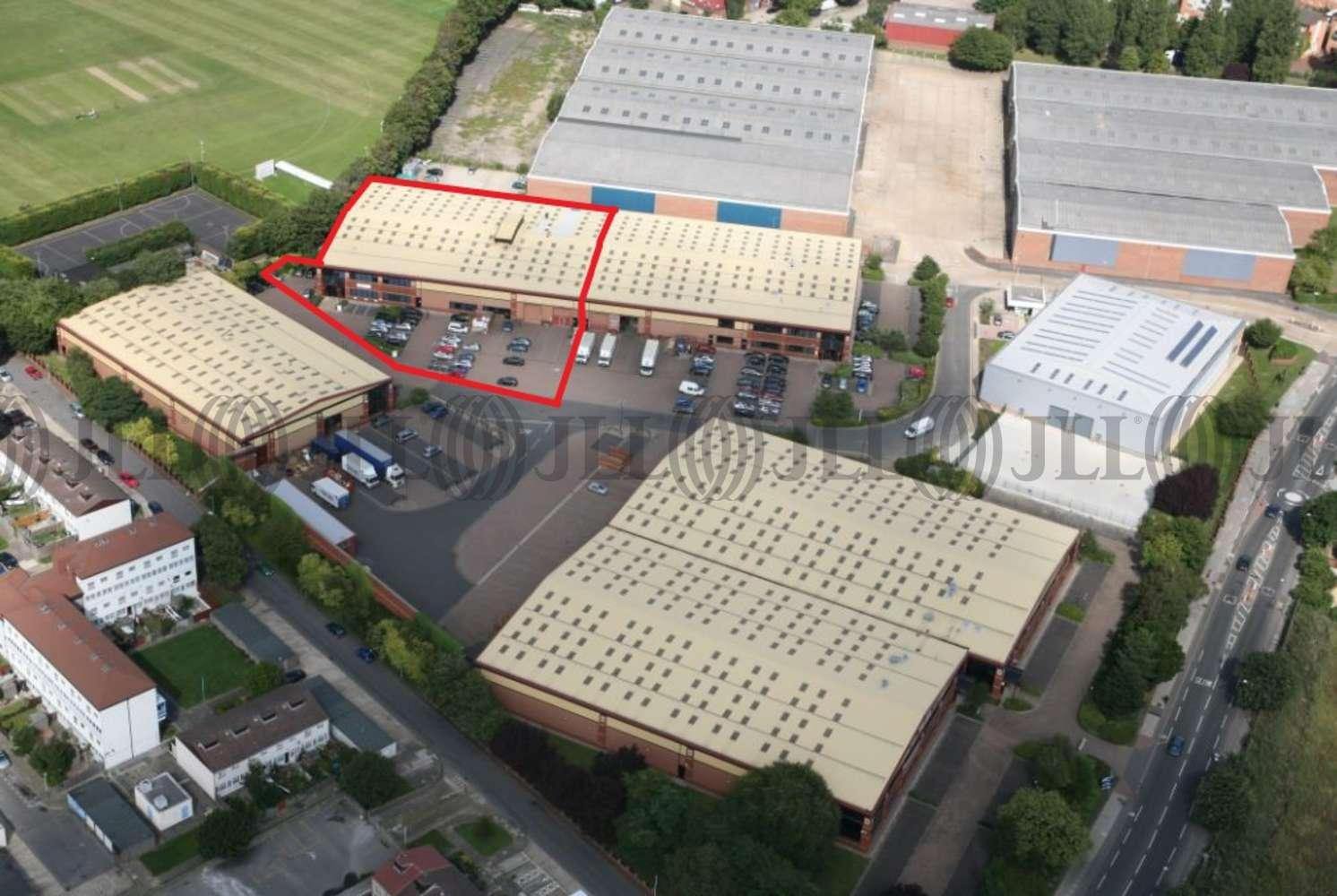 Industrial Heston, TW5 9QA - Unit B1 ParkwayM4 Heathrow - 80024
