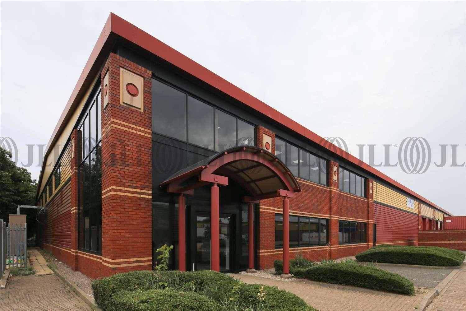 Industrial Heston, TW5 9QA - Unit B1 ParkwayM4 Heathrow - 1