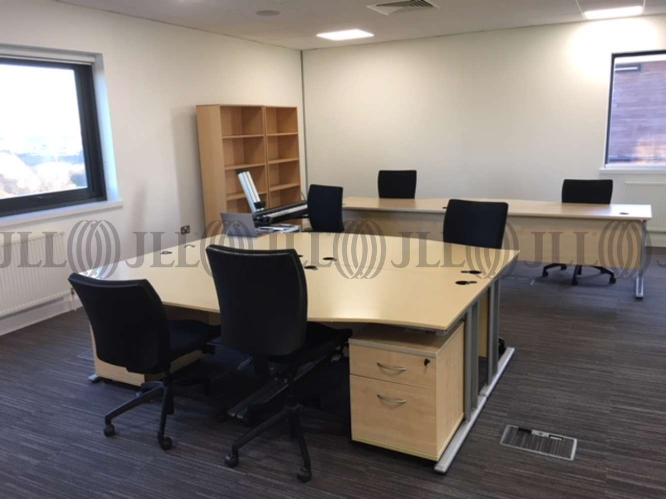 Office Leeds, LS19 7ZA - 7 Airport West - 3866