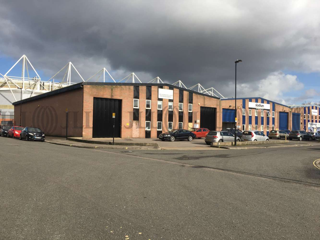 Industrial Southampton, SO14 5JP - Unit 17 Central Trading Estate - 0936