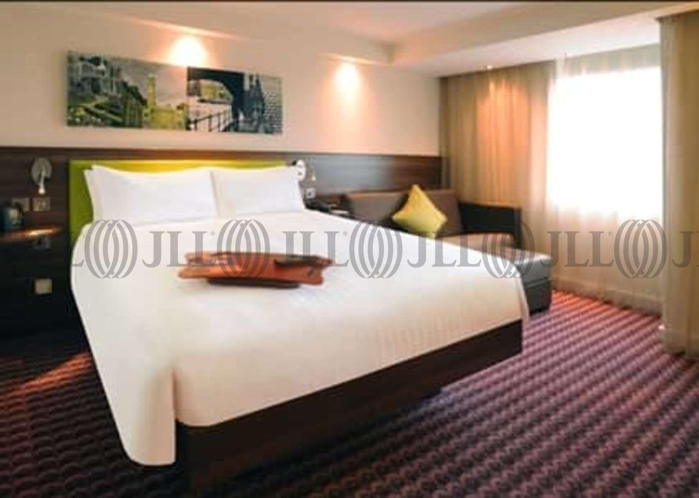 Hotel Birmingham, B15 1SU - Hampton by Hilton Birmingham Broad Street - 01