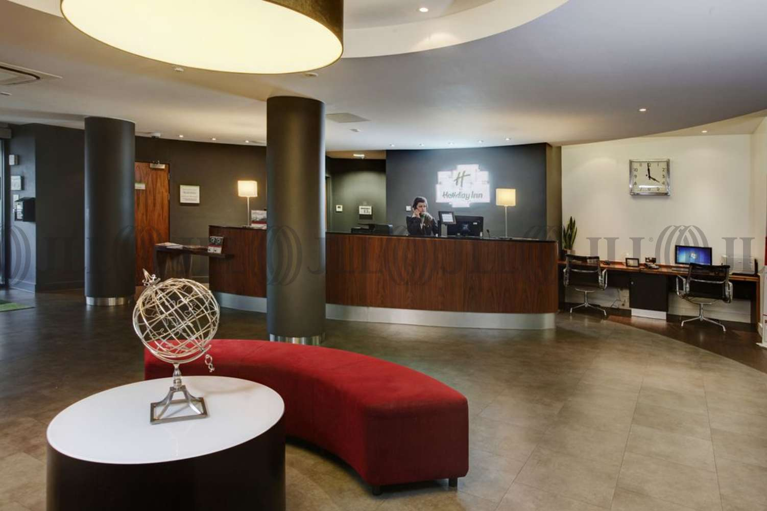 Hotel Luton, LU2 9LF - Holiday Inn London Luton Airport