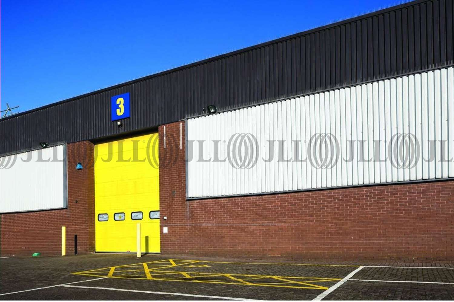 Industrial Bracknell, RG12 1RW - Unit 3 Western Trade Centre - 2