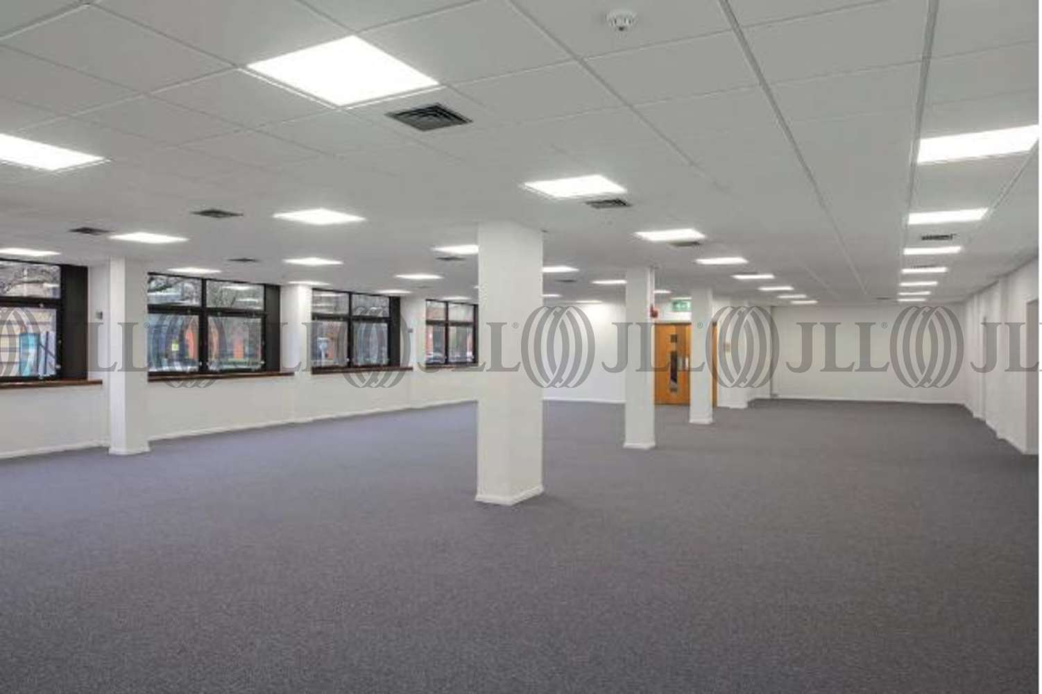 Industrial Bracknell, RG12 1RW - Unit 3 Western Trade Centre - 4