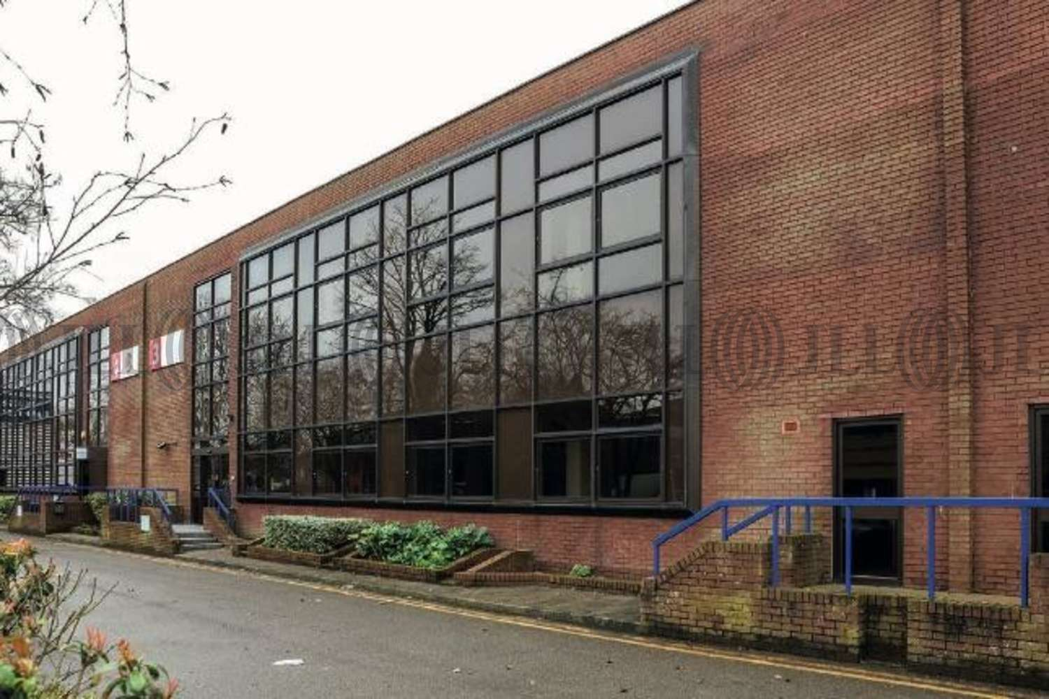 Industrial Bracknell, RG12 1RW - Unit 3 Western Trade Centre - 6