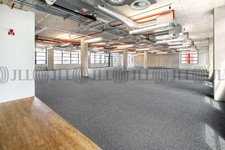 Office London, EC1Y 8AF - 2 Old Street Yard - 04015