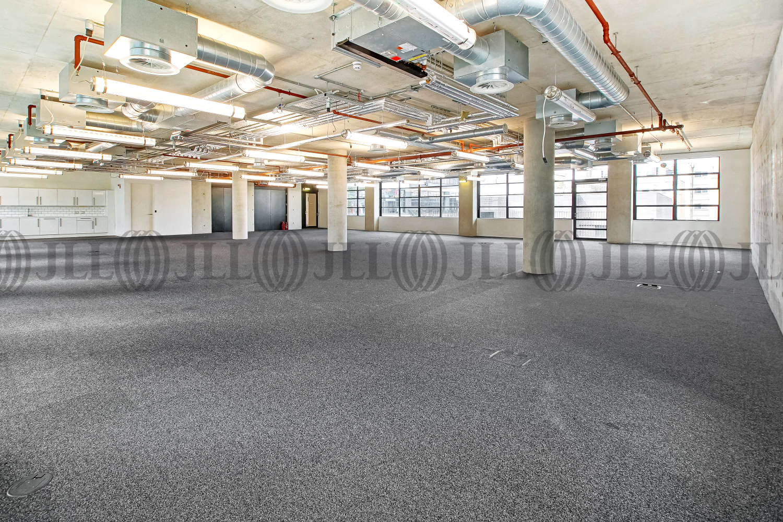 Office London, EC1Y 8AF - 2 Old Street Yard - 04021