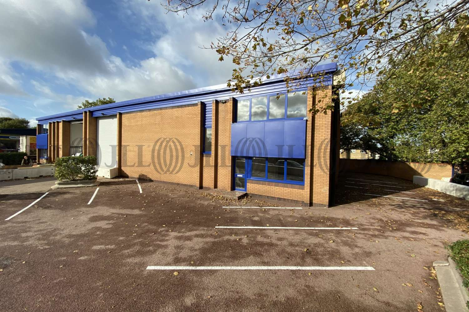 Industrial West drayton, UB7 8HZ - Unit 2 Crown Trade Park - 0333