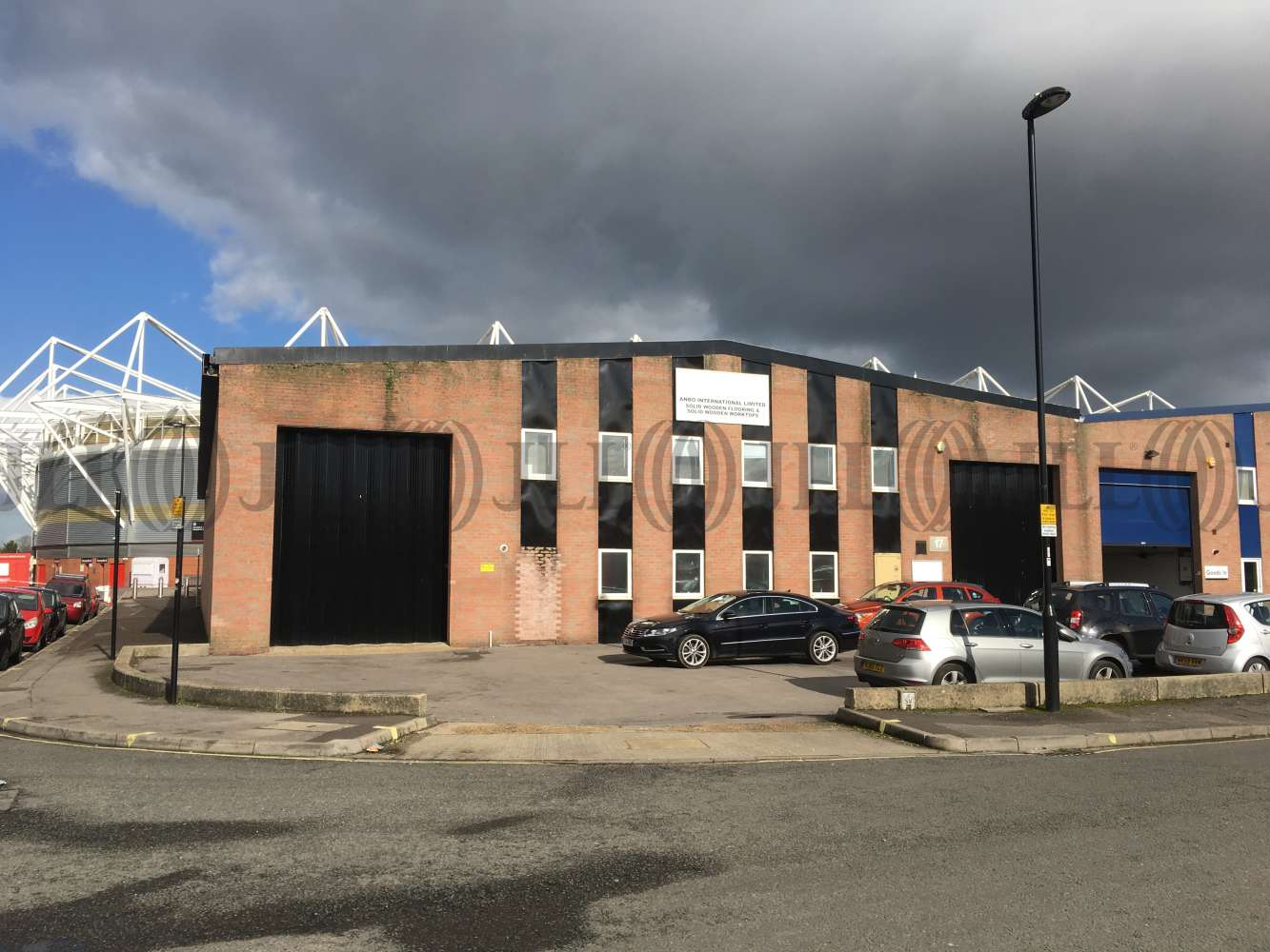 Industrial Southampton, SO14 5JP - Units 16-17 Central Trading Estate - 0933