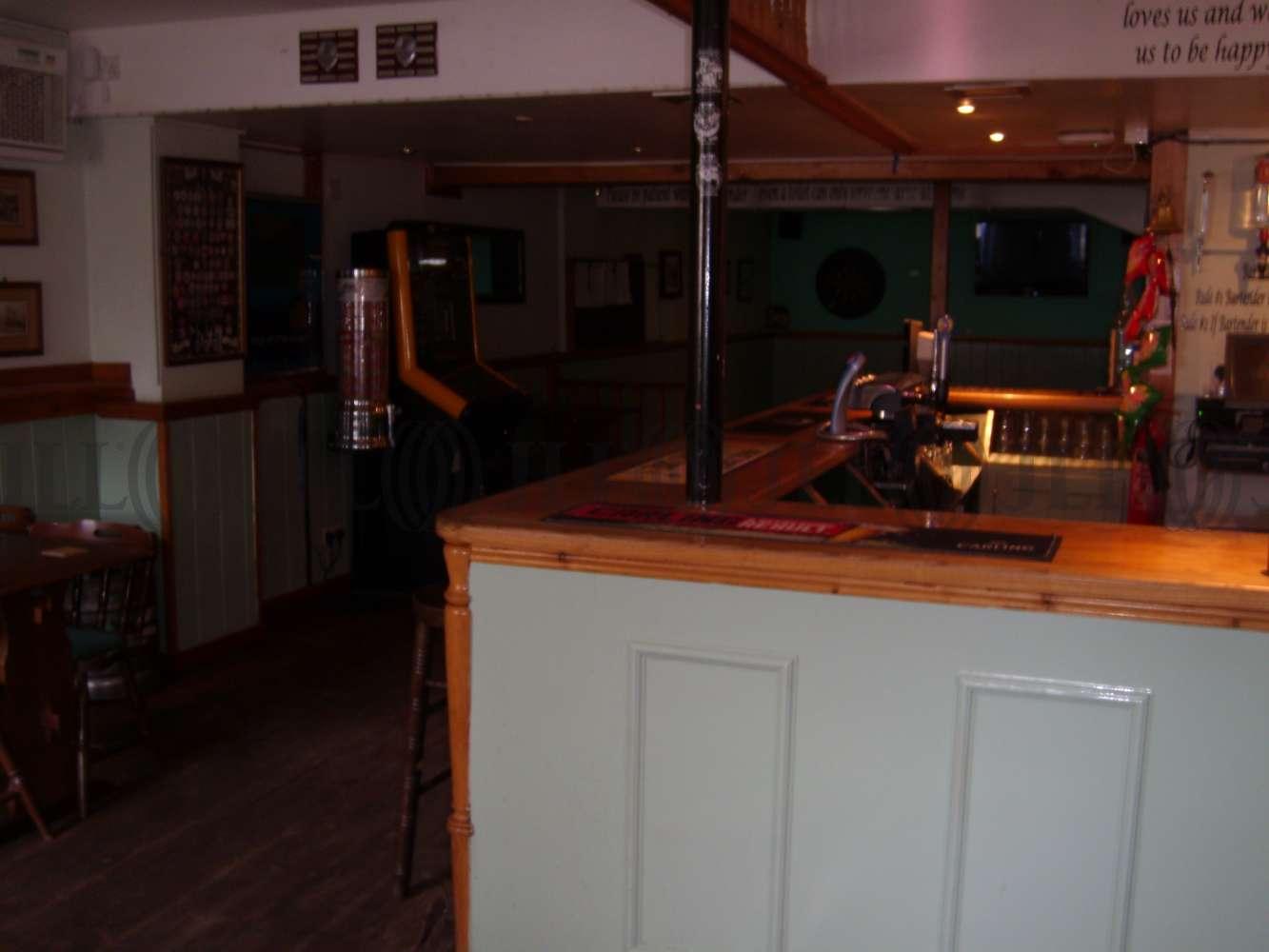Pub Tiverton, EX16 6QS - The Barley Mow - 273947