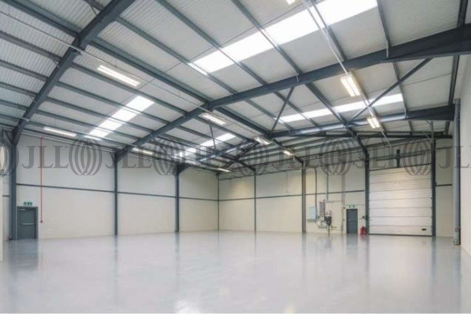 Industrial Slough, SL1 4RD - 242/ 243 Gresham Road - 3