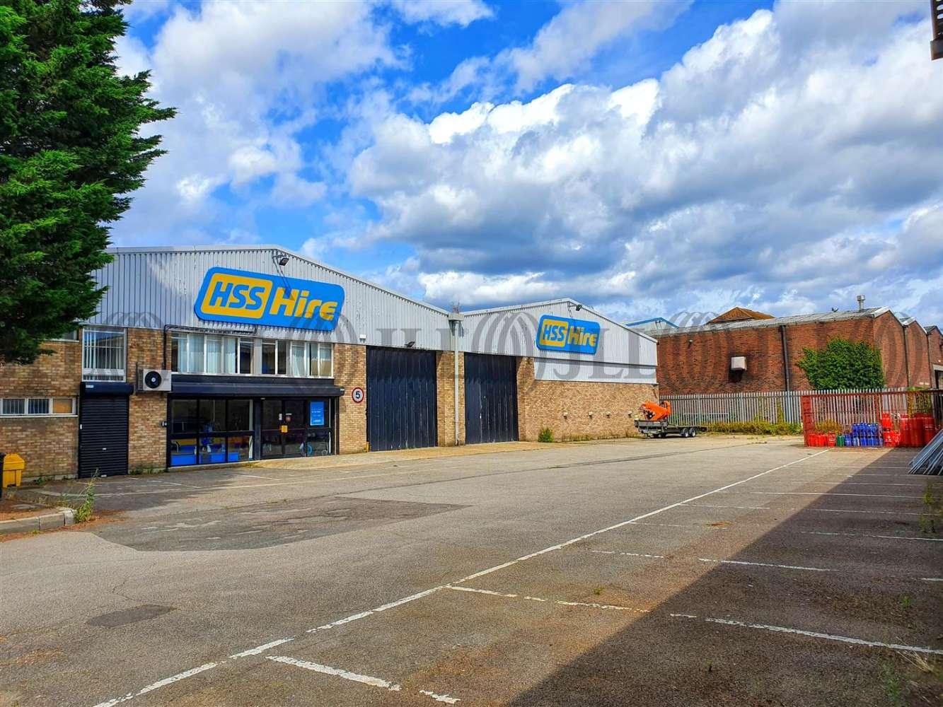 Industrial Camberley, GU15 3BN - Unit 8 Tuscam Trade Park - 20190806140643