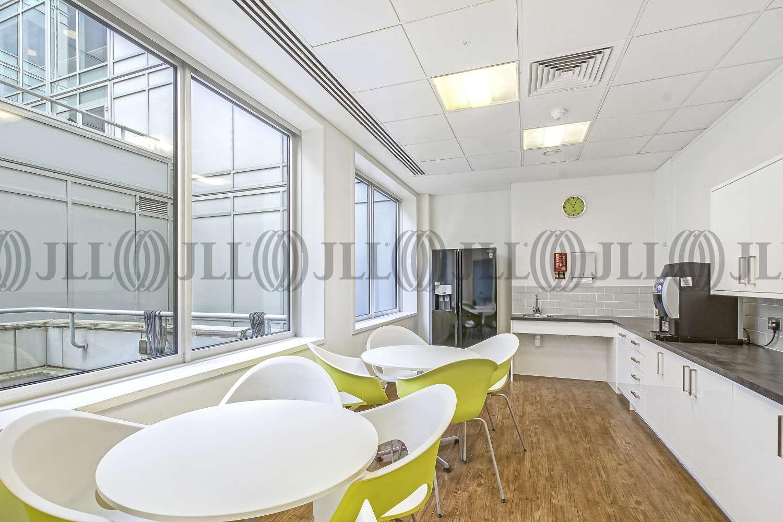 Office London, EC2A 1NQ - 125 Finsbury Pavement - 02653