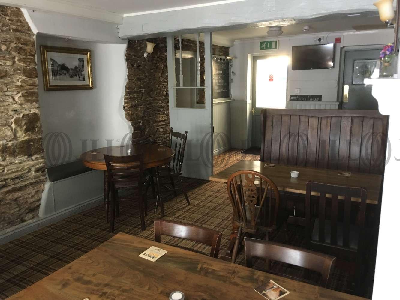 Pub Brixham, TQ5 9HZ - The Burton Hotel - 1724
