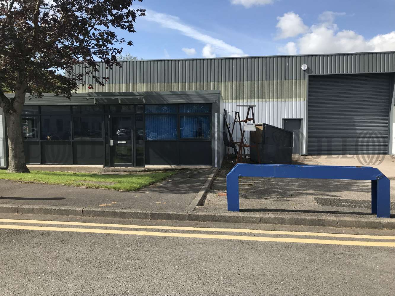 Industrial Altrincham, WA14 5RZ - Unit H3 Hannover Industrial Estate - 1513
