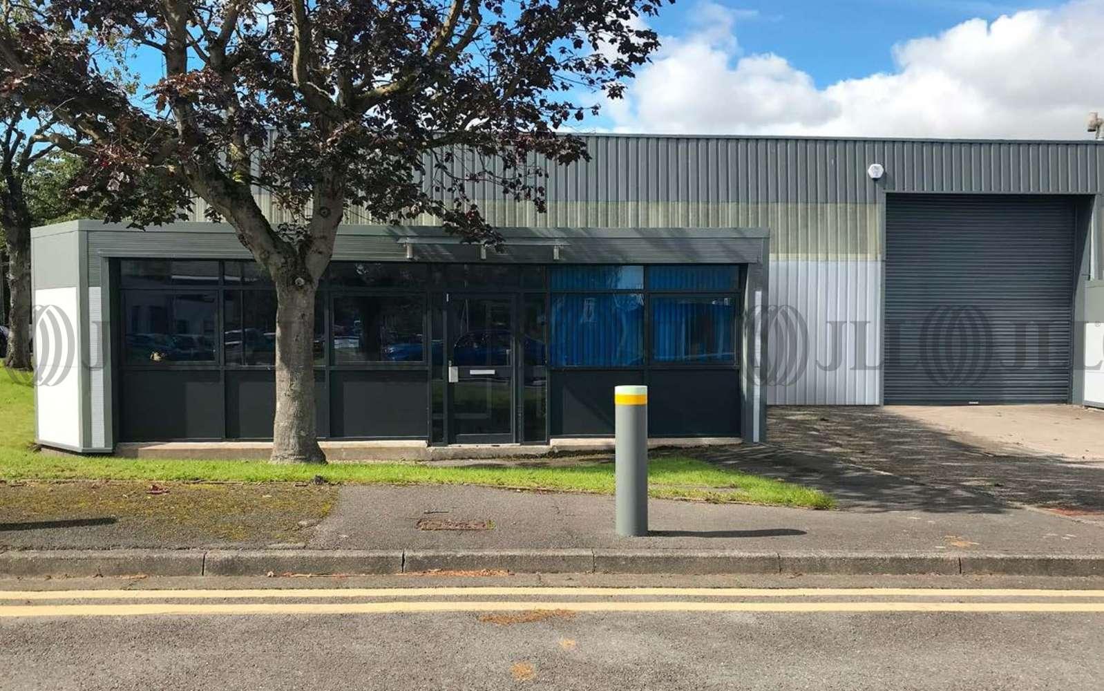 Industrial Altrincham, WA14 5RZ - Unit H3 Hannover Industrial Estate - 2