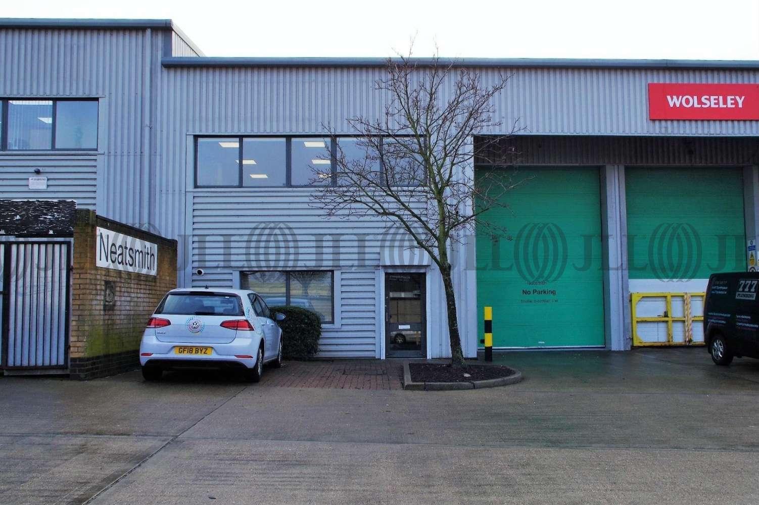 Industrial London, NW2 7LZ - Unit D, The Apsley Centre