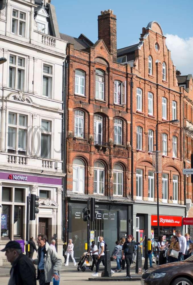 Retail high street London, NW1 0NE - 162 Camden High Street - 90629