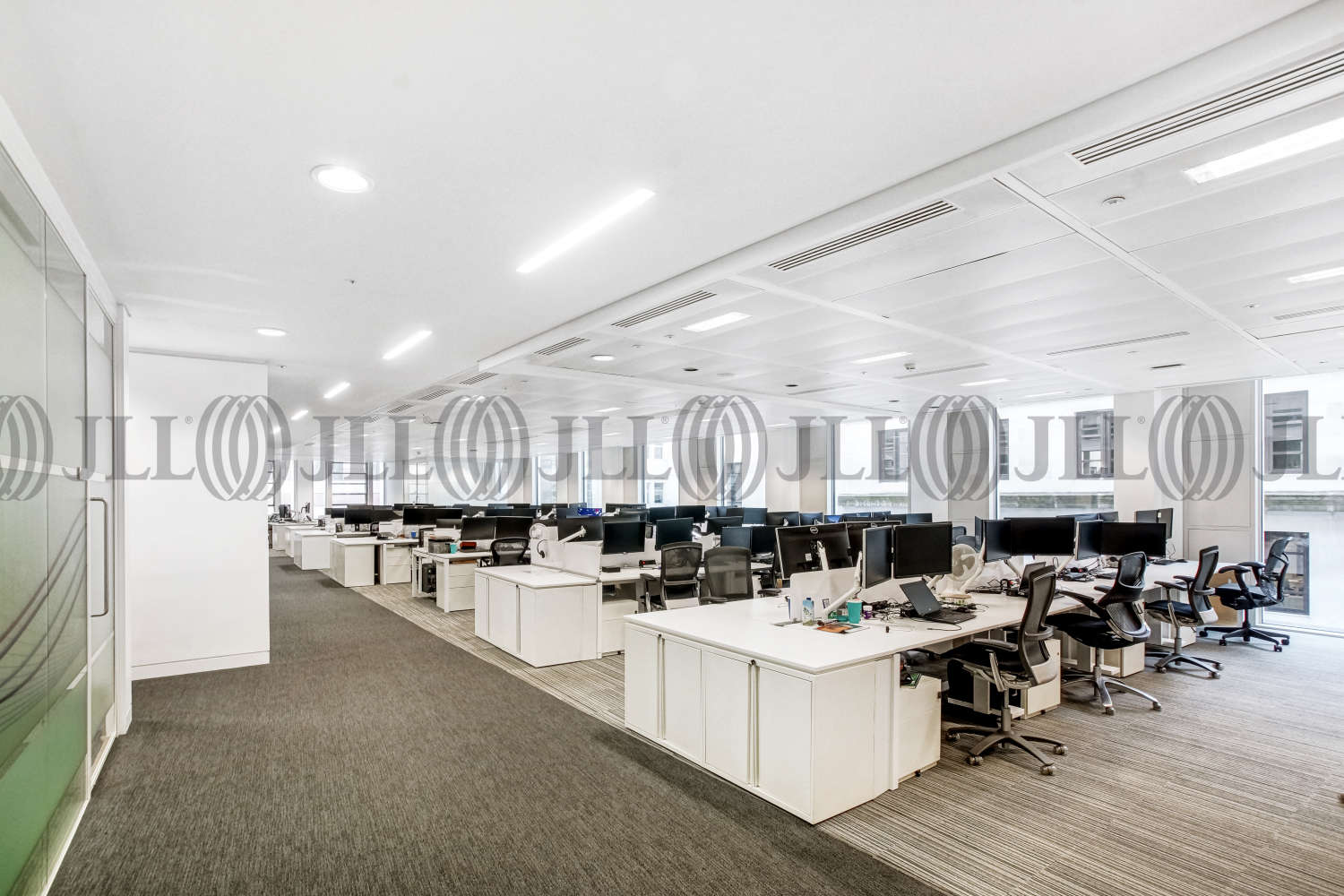 Office London, EC2R 8DN - 1 Old Jewry - 01861