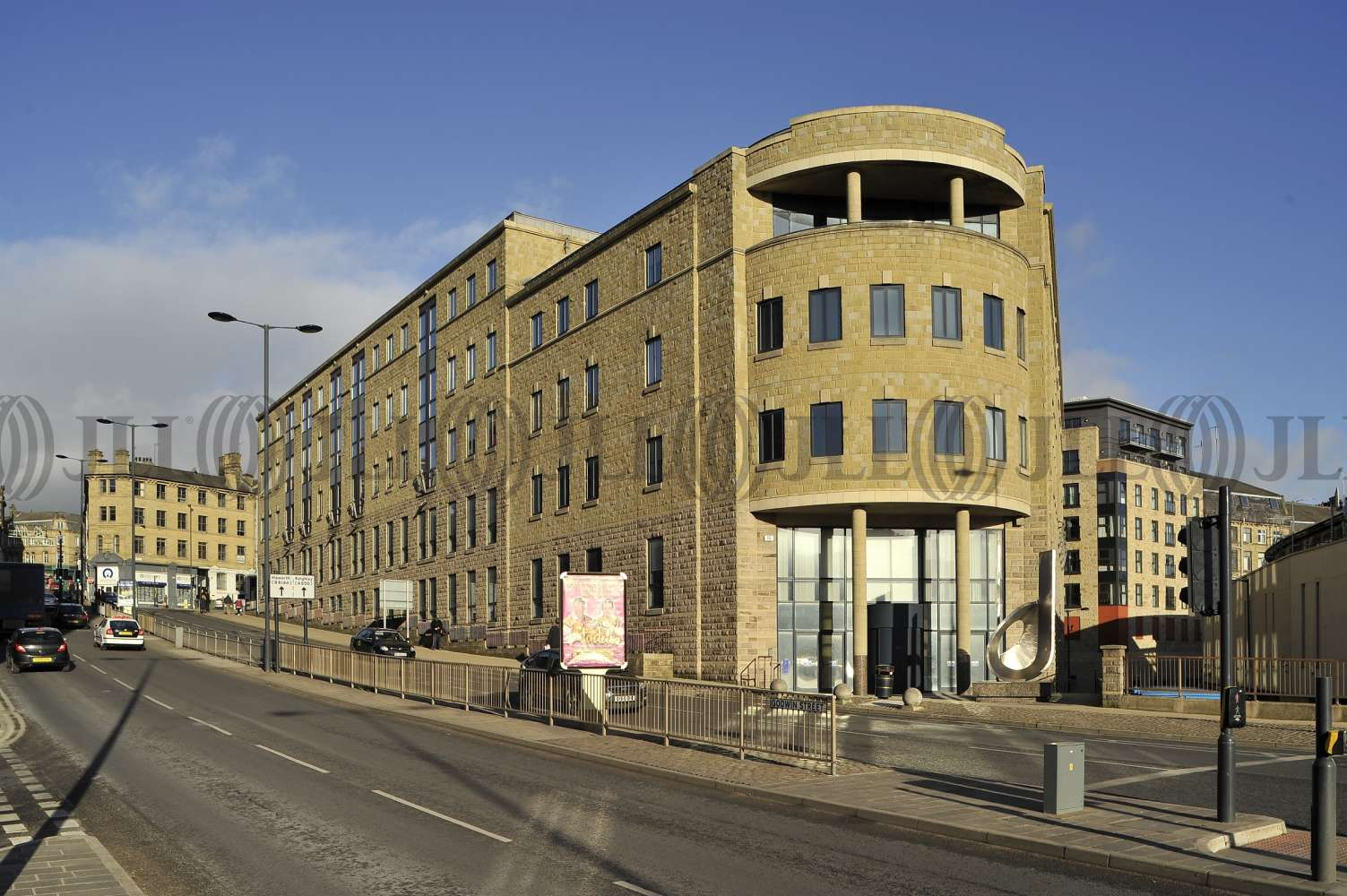 Office Bradford, BD1 2ST - ALDERMANBURY HOUSE - 7044