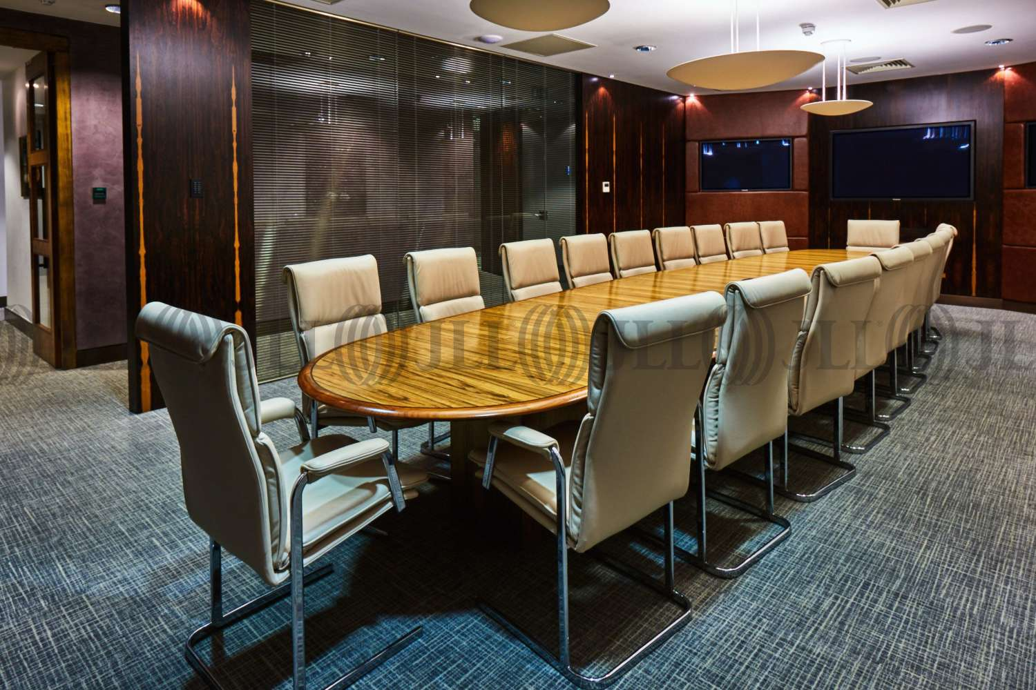 Serviced office London, EC1A 2AY - Snow Hill  - 2